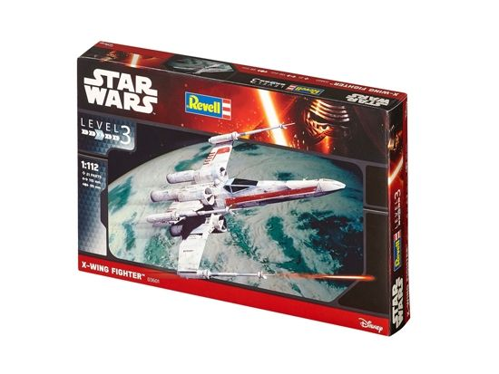 Model of X-wing fighter, Revel