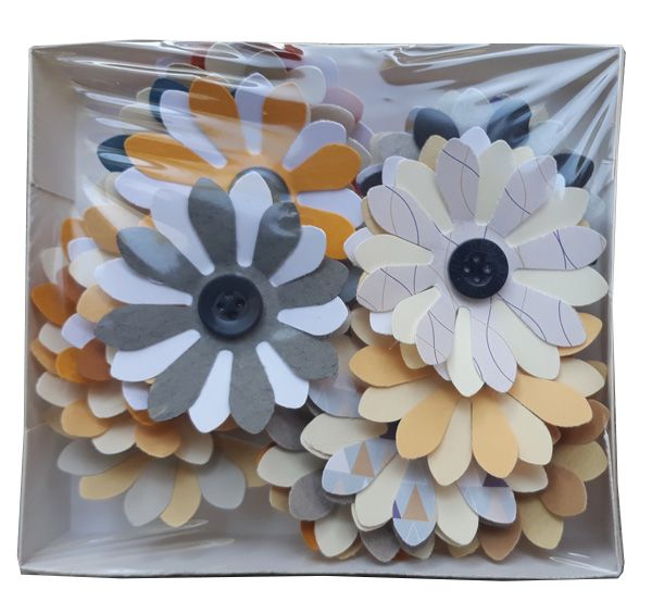Paper flowers with button 21 pcs. -