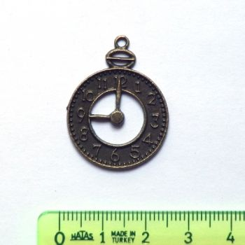 Metal pendant - Old clock