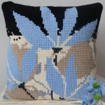 "Cross-stitch counted cushion ""Blue Flowers"""