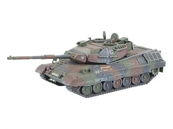 Model of a military tank Leopard 1 А5 - Revell