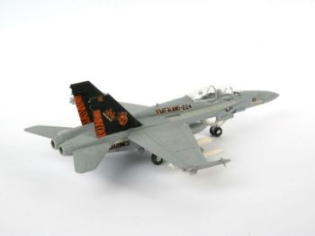 Model military fighter F/A-18D Hornet Wild Weasel - Revell