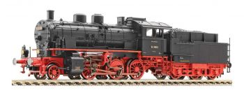 Model of steam locomotive - BR 17.10, HO