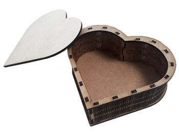 Wooden box heart 1422 - 10,5 / 10,5 / 5 cm.