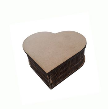 Wooden box heart 12.5 / 11.5 / 4.5  cm.