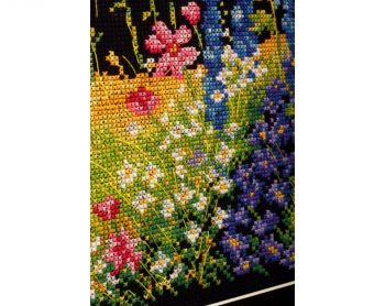 "Cross-stitch kit RTO M627  ""Summer in a bunch"""
