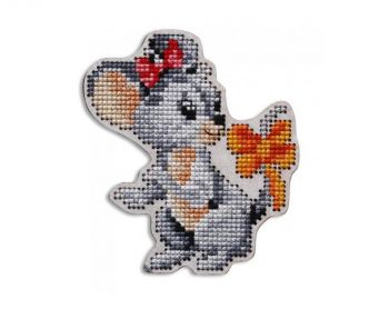 "Cross-stitch kit RTO EHW049  Cross-stitch kit with perforated wooden form ""Mouse with cheese"""