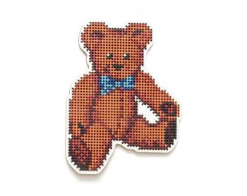 "Cross-stitch kit RTO EHW048  Cross-stitch kit with perforated wooden form ""Mouse with ribbon"""