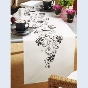 Vervaco PN-0012995 Table cloth butterfly and flowers